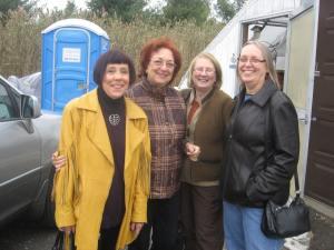 Loretta, Carol L, Linda L