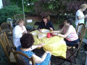 picnic Ann Ann Jane