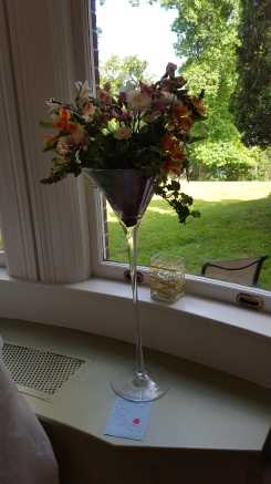 Show stopper Martini glass entry