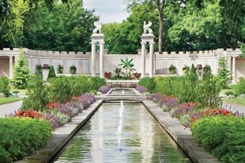Persian_Garden[1]