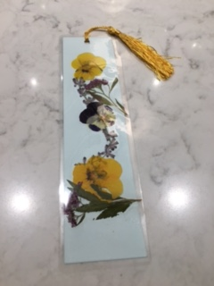 bookmark-with-dried-flowers-10-16